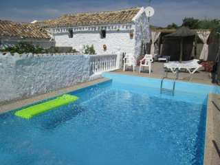 prive zwembad vakantieboerderij de molen