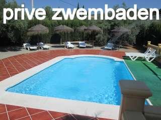 prive zwembad villa het erf