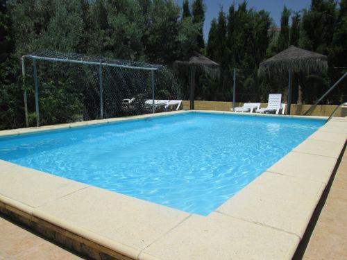 Vakantiehuis in andalusie met zwembad spanje aanbieding - Zwembad toren in kiezelsteen ...