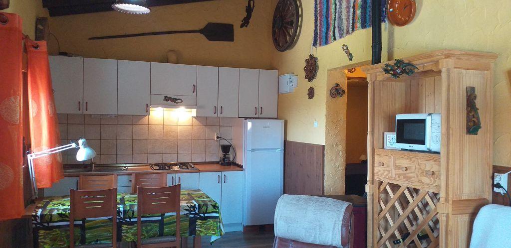 deel van vakantiehuis salamander waar de keuken is.