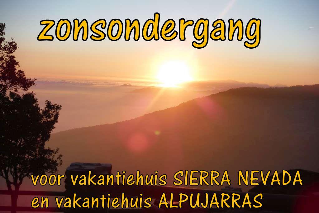 zonsdondergang Alpuarra